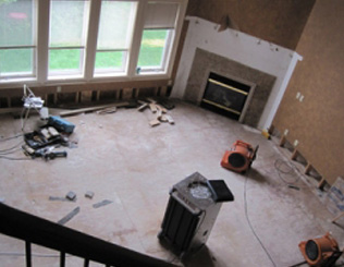 Water Damage Cleanup, Flooded Basement Cleanup & Restoration in Metro Detroit MI - res-water